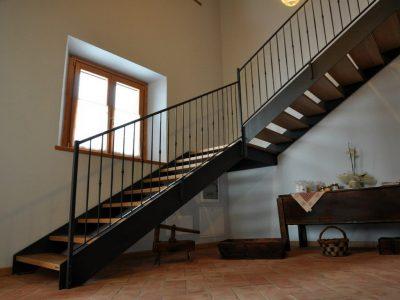 Lakatos Munkák lépcső, korlát referencia 17