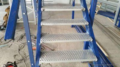 Lakatos Munkák fémszerkezetek - lépcső referencia 8