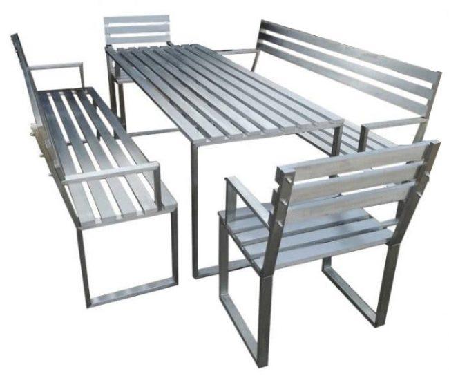 mira kerti bútor